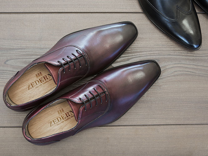 Protect smart shoes from shoe odor with cedar wood inserts